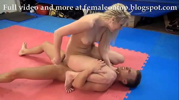 women who fuck themselves with large objects